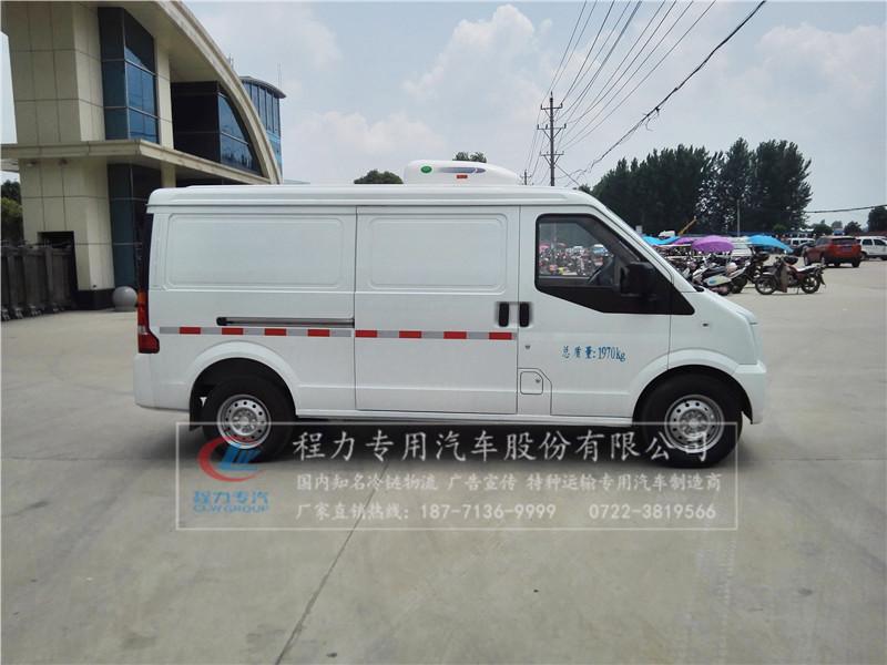 東風國五面包冷藏車16.jpg
